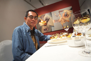 FX Harsono at his retrospective exhibition, Testimonies, Singapore