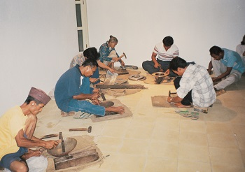 Haryo Yose Suyoto, Komunitas Bubyi/ Noise Community, 1999, Sound Performance in Cemeti Art House